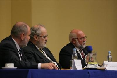 dr Maciej Barczentewicz, prof. Thomas Hilgers i dr Mark Stegman